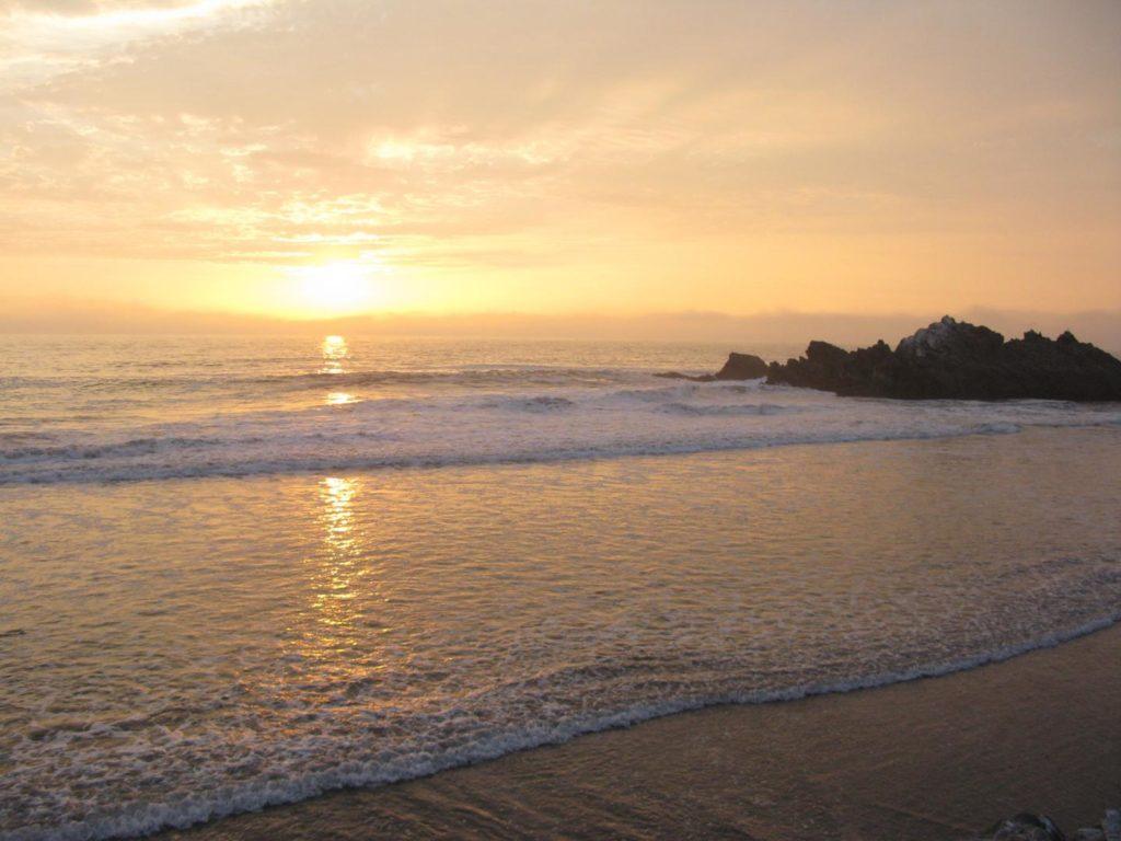 Playa Puerto Viejo Km 71.5 de la Panamericana Sur