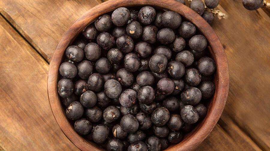 Probar nuevos sabores de las frutas más originales de la selva peruana