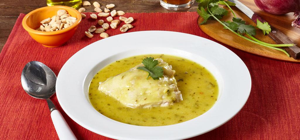 Inchicapi de gallina con maní, la mejor sopa de la Amazonía