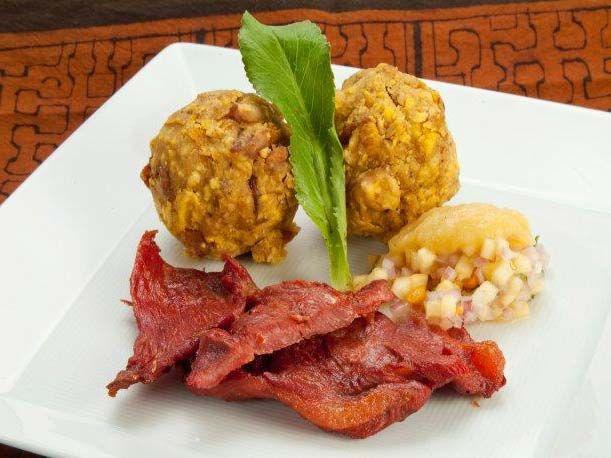Tacacho con Cecina y Chorizo, plato emblemático del Perú