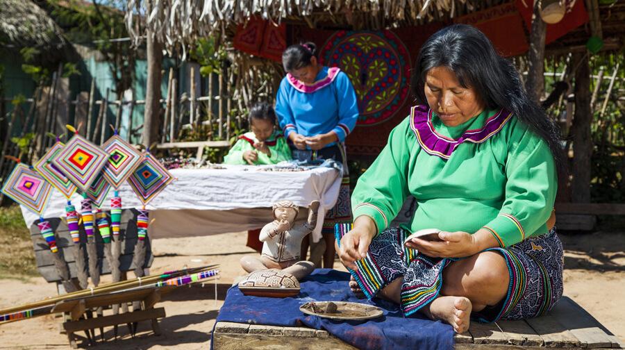 Conocer diversas culturas y tradiciones de pueblos originarios de la Amazonía peruana